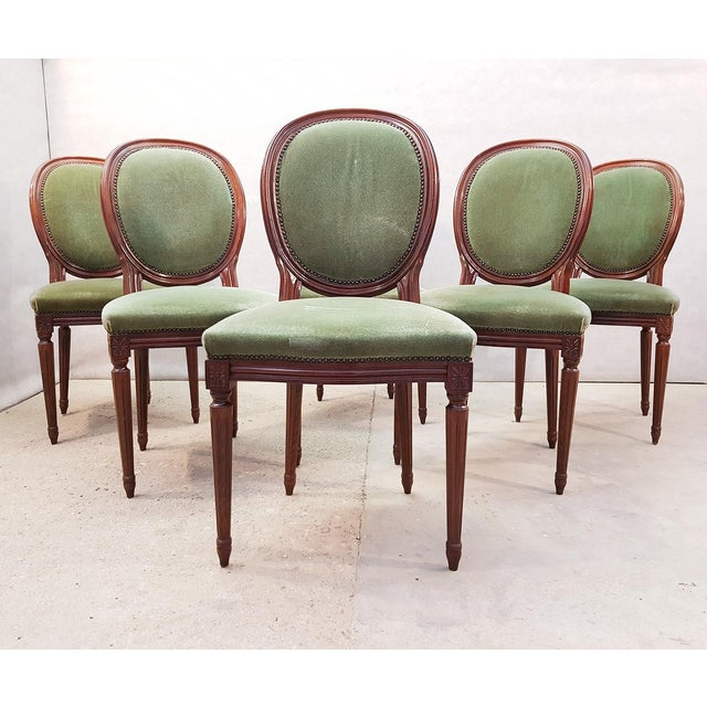 French Vintage Louis XVI Style Green Velvet Medallion Back Dining Chairs - Set of 6 For Sale - Image 13 of 13
