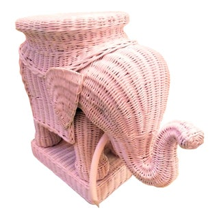 Palm Beach Regency Pale Pink Wicker Elephant Side Table or Plant Stand For Sale