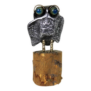 Mid Century Modern Owl Sculpture by Curtis Jere in Cast Aluminum on Wood Stump For Sale