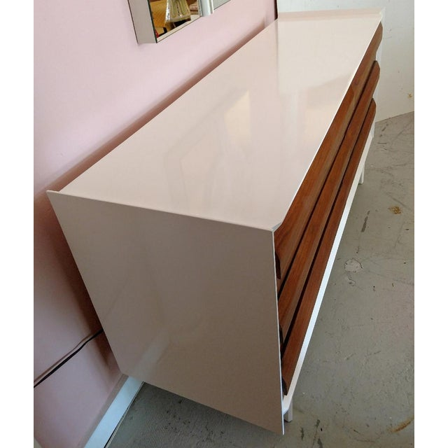 Altavista Lane Lane Furniture, Restored Chest of Drawers/Console, Mid-Century For Sale - Image 4 of 11