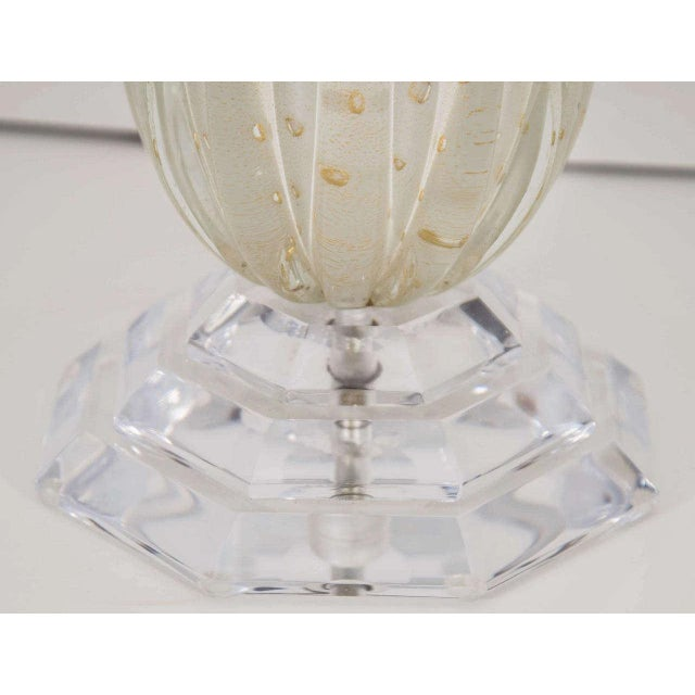 1970s White Murano Glass Lamp For Sale - Image 5 of 7