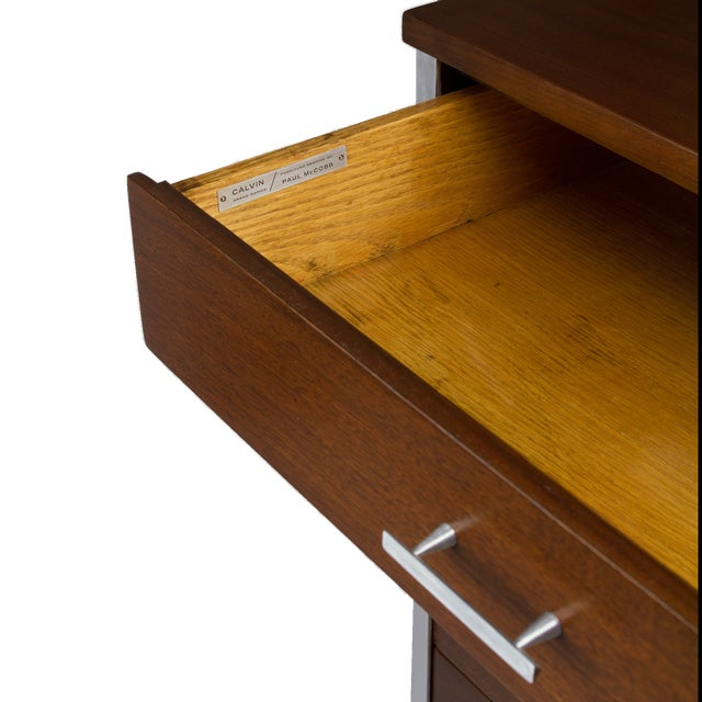 Paul McCobb for Calvin Nightstand in Walnut and Aluminum, Circa 1960s For Sale In New York - Image 6 of 7