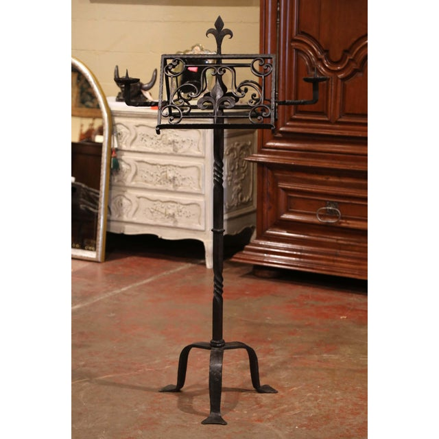 French 19th Century French Two-Side Forged Iron Music Stand Lectern With Fleur-De-Lys For Sale - Image 3 of 8