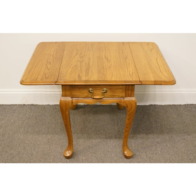 Late 20th Century 20th Century French Country Mersman Solid Oak Drop Leaf Accent End Table For Sale - Image 5 of 13