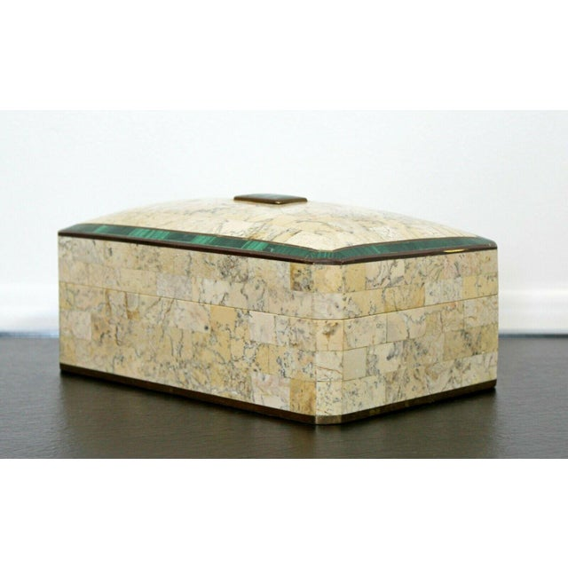 1970s Mid Century Modern Maitland Smith Brass Tessellated Stone Lidded Box Vessel 70s For Sale - Image 5 of 11