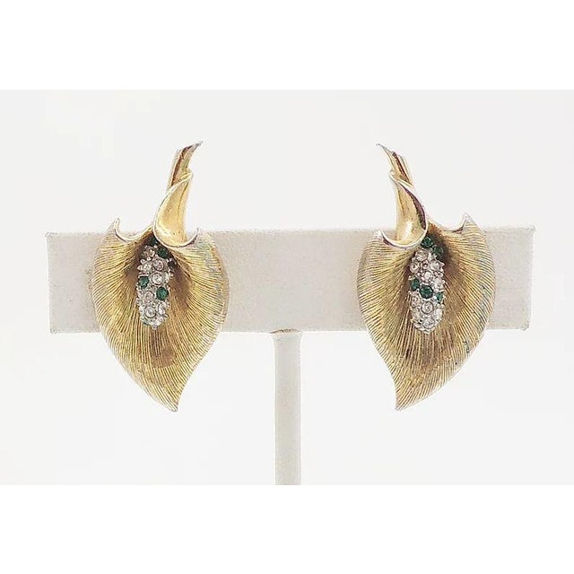 Mid-Century Modern Late 1950s Boucher Calla Lilly Rhinestone Earrings For Sale - Image 3 of 9