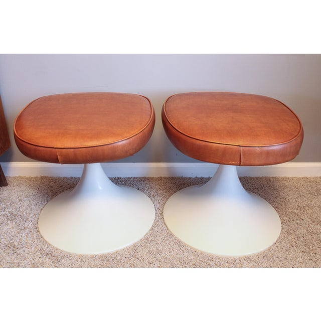 1970's Vintage Louisville Chair Company Tulip Stools - Pair For Sale - Image 11 of 11