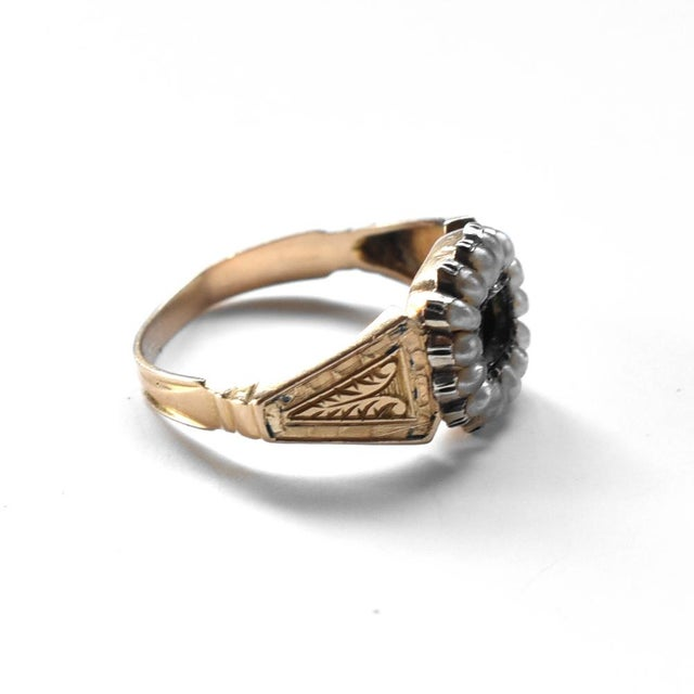 Early 19th Century 19th Century Lover's Eye Victorian Seed Pearl Ring For Sale - Image 5 of 7