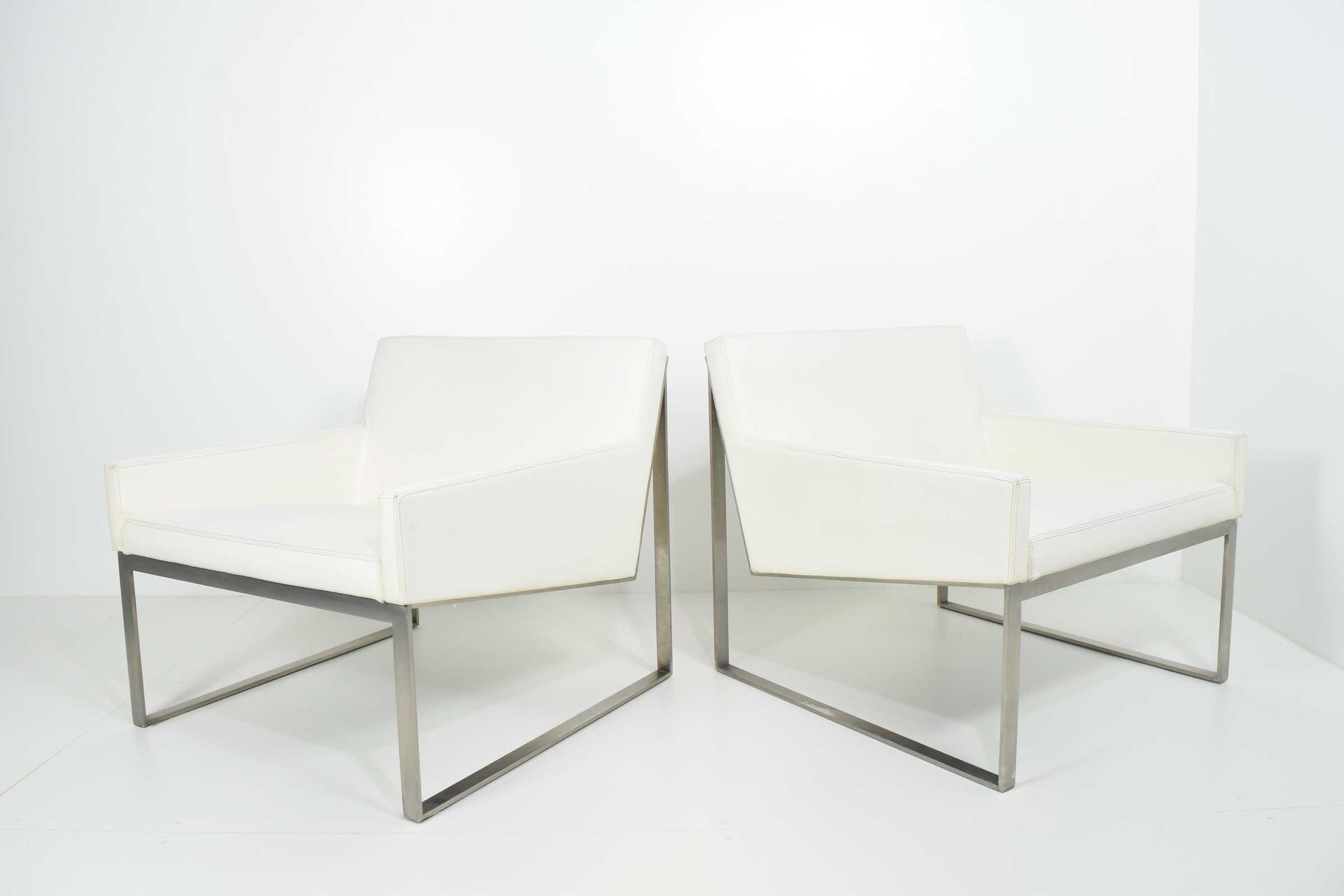 Attractive Pair Of B3 White Leather Lounge Chairs By Fabien Baron For Bernhardt    Image 2 Of