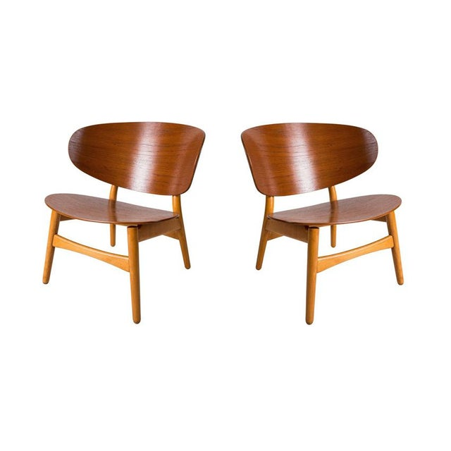 1940s Pair of Shell Lounge Chairs by Hans Wegner For Sale - Image 5 of 5