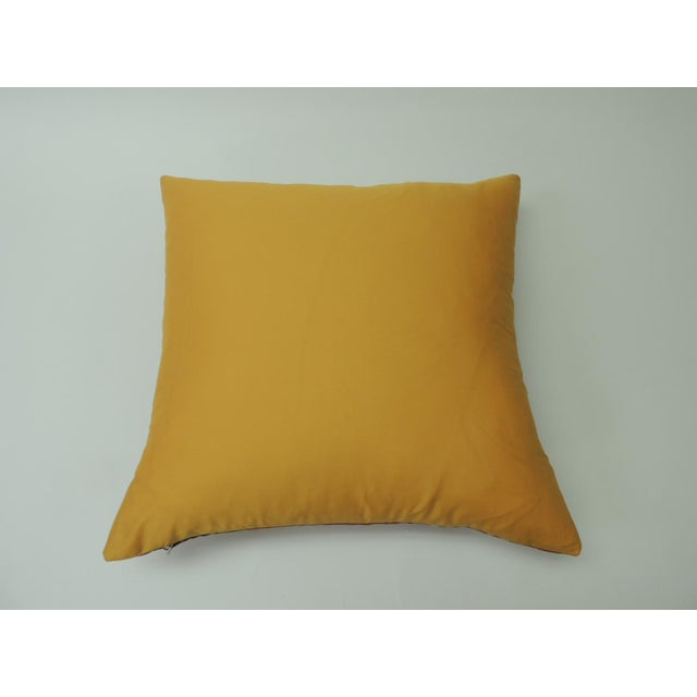 """Early 21st Century Modern """"Circles"""" Linen Decorative Pillow For Sale - Image 5 of 6"""