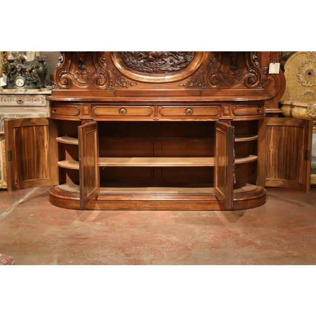 Large 19th Century French Carved Rosewood Hunting Buffet With Deer and Birds For Sale In Dallas - Image 6 of 11