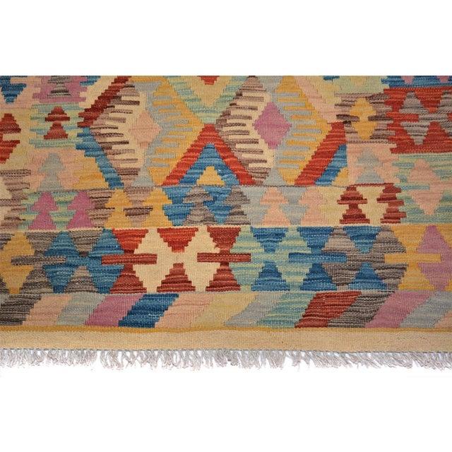 Early 21st Century Arya Edmond Beige/Blue Wool Kilim Rug - 3'3 X 4'11 A9216 For Sale - Image 5 of 7