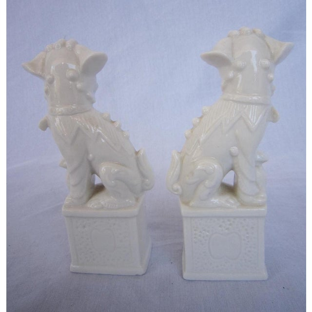 Vintage White Foo Dogs - A Pair - Image 5 of 5