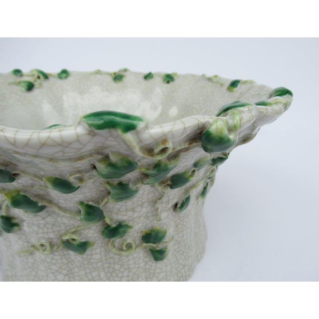 Green Vintage Ceramic Crackle Center Bowl With Adorned English Ivy by United Wilson/Hong Kong For Sale - Image 8 of 13