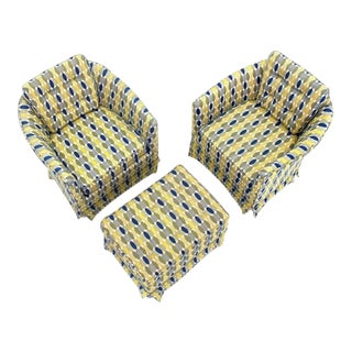 Mid-Century Modern Barrel Back Lounge Chairs & Ottoman- 3 Pieces For Sale
