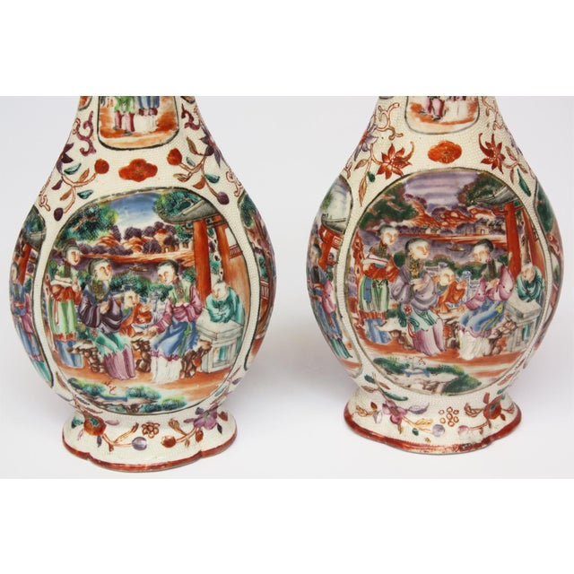 Two Pairs, 18th Century Mandarin Pallet Chinese Export Vases For Sale - Image 9 of 10