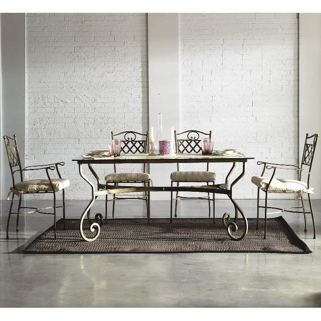 About New garden, patio or dining table in wrought iron. You can choose this pattern in round or rectangular table and...