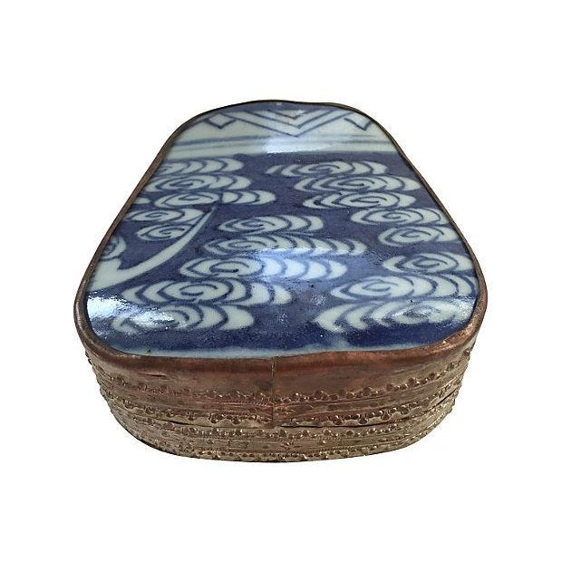 Asian Blue & White Porcelain Silver Metal Trinket Box For Sale In Los Angeles - Image 6 of 6
