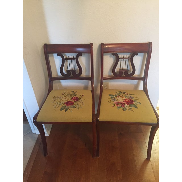 1940s Drexel Heritage Vintage Mahogany Dining Set -Table and 6 Chairs For Sale - Image 5 of 10