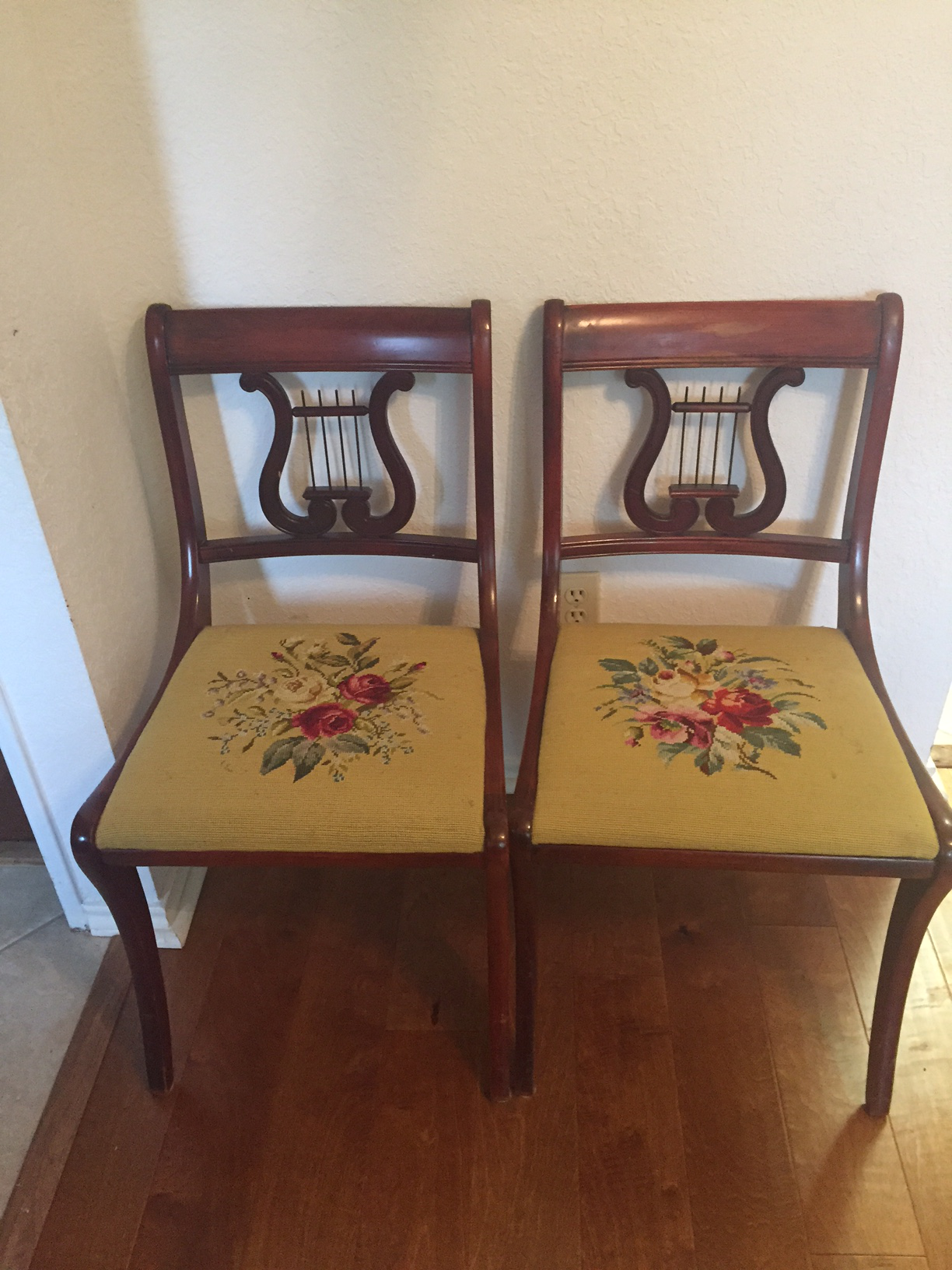 1940s Drexel Heritage Vintage Mahogany Dining Set  Table And 6 Chairs For  Sale   Image