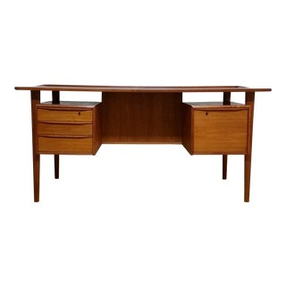 Peter Lovig Nielsen Mid-Century Modern Teak Floating Top Desk With Key