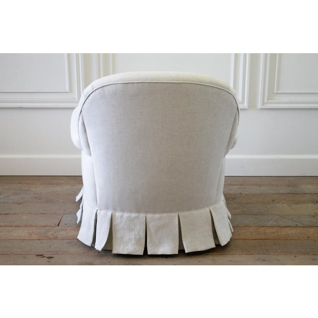 Vintage Custom Upholstered Linen Box Pleated Ruffle Skirt Chair For Sale In Los Angeles - Image 6 of 7