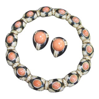 Ciner Exquisite Coral Resin Jeweled Choker & Earring Ensemble C 1970s For Sale