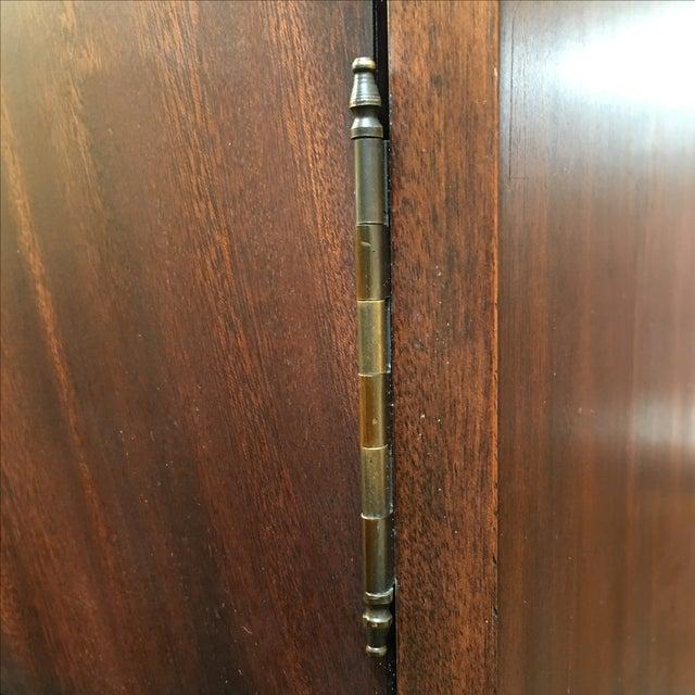 Locking English Storage & Display Cabinet - Image 8 of 10