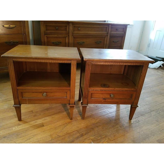 "Mid 20th Century Drexel Mid-Century ""Anniversary"" Bedroom Set For Sale - Image 5 of 8"