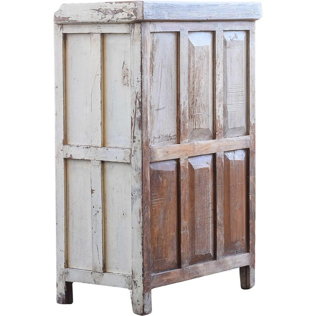 Navajo White Wooden Cabinet With Mesh Panels - Image 4 of 5