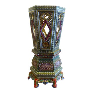 Chinese Porcelain Famille Verte Wedding Lantern For Sale