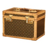Image of 19th Century French Leather Toiletry Box With Decorative Trim and Brass Hardware For Sale