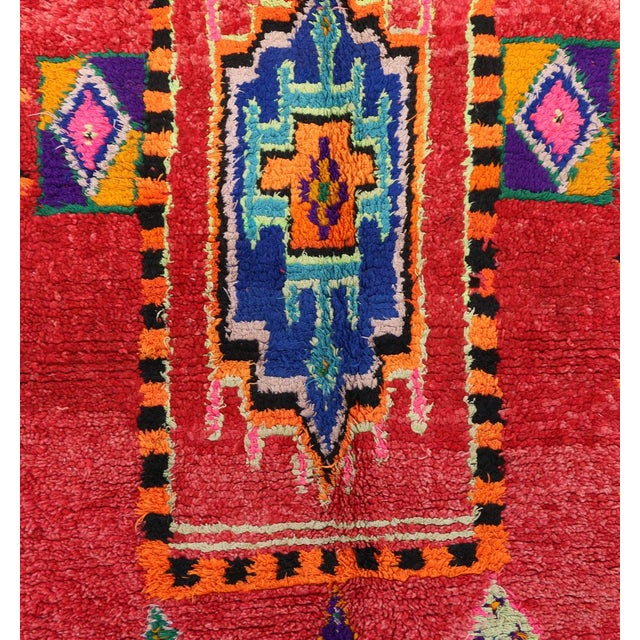 "Boho Chic Boujad Vintage Moroccan Rug, 4'8"" X 8'11"" Feet For Sale - Image 3 of 6"