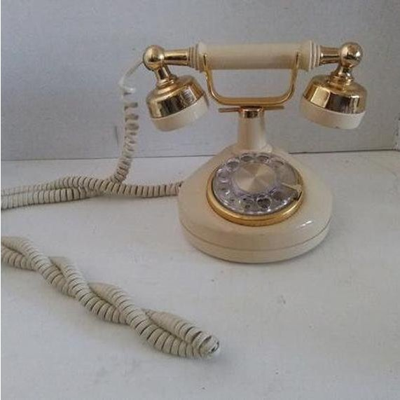 Metal 1970s Vintage French Style Telephone For Sale - Image 7 of 7
