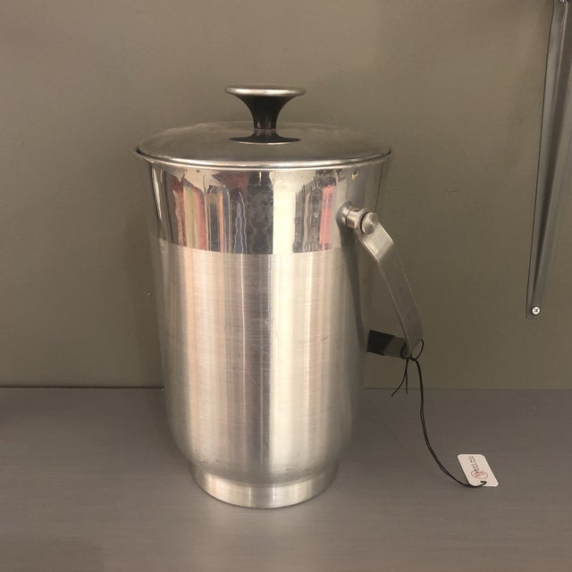 Vintage Mid-Century Chrome Ice Bucket For Sale - Image 9 of 10