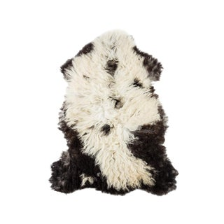 """Contemporary Hand-Tanned Sheepskin Pelt - 2'3""""x3'8"""" For Sale"""