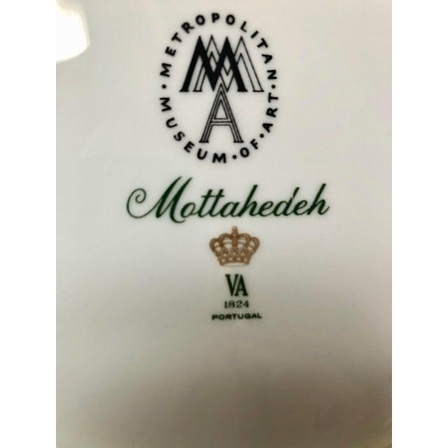 1980s Mottahedeh Tobacco Leaf Porcelain Plate For Sale - Image 9 of 11