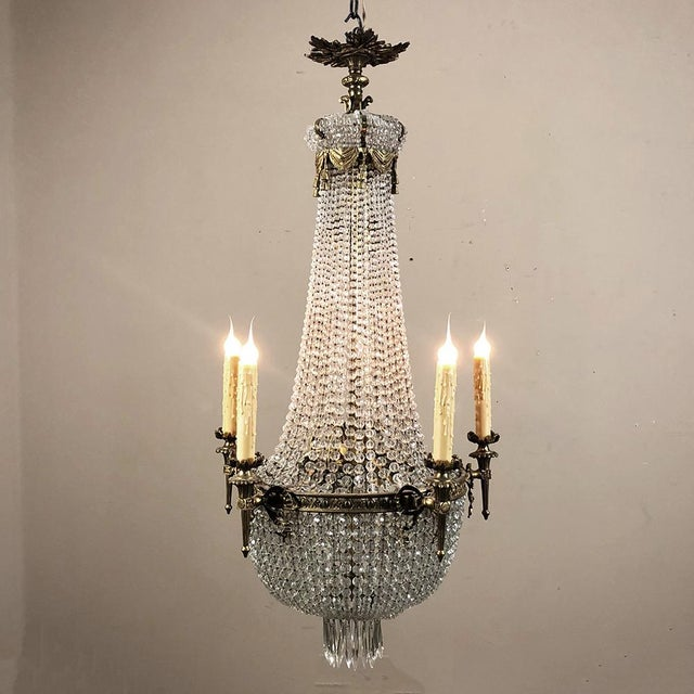 1900s Antique Sack of Pearls Crystal Chandelier For Sale - Image 5 of 13