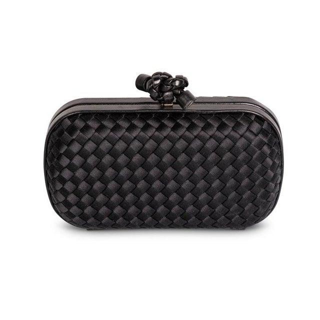 Modern 2000s Bottega Veneta Black Intrecciato Satin Leather Knot Clutch For Sale - Image 3 of 7