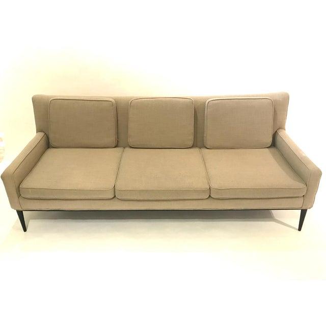 "Mid-Century Modern Sleek Paul McCobb Sofa Model 1307 for Directional in ""Oatmeal"" Upholstery For Sale - Image 3 of 7"