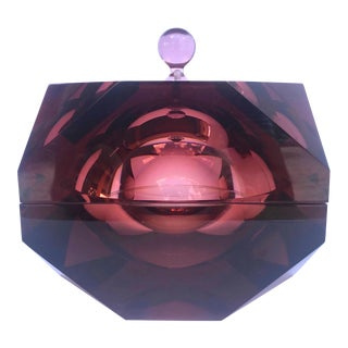 1970's Faceted Prism Ice Bucket in Rare Amethyst Lucite, Italy For Sale