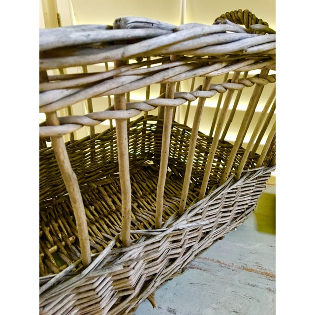 Wicker Vintage French Wicker Boulangerie Bakery Bread Basket For Sale - Image 7 of 9