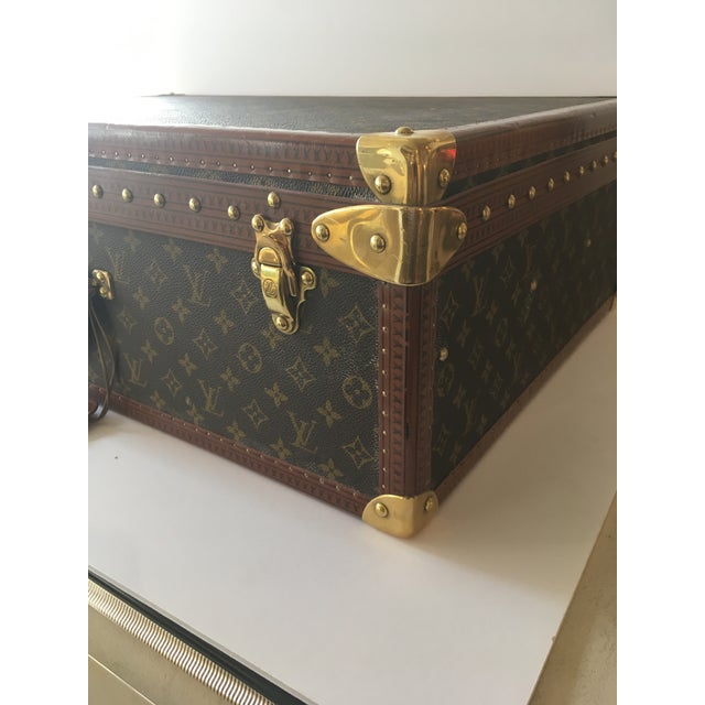 d31110dbec0e Traditional Louis Vuitton Hardside Luggage Piece For Sale - Image 3 of 9