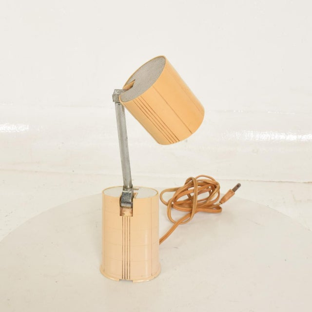 Industrial Mid-Century Modern Task Adjustable Table Lamp by Hamilton Industries/Lightolier For Sale - Image 3 of 7