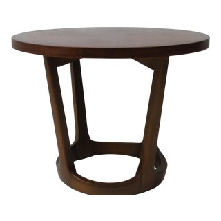 1970s Mid Century Modern Lane Furniture Walnut Occasional Table For Sale