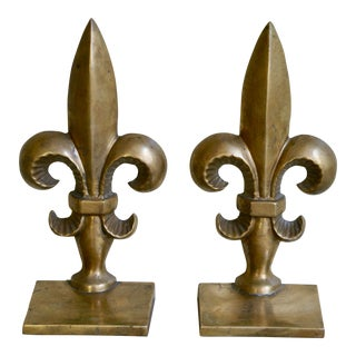 1950s Vintage Brass Fleur De Lis Bookends - a Pair For Sale