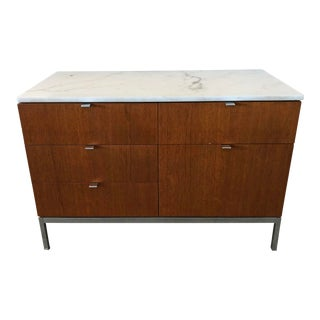 Florence Knoll Mid-Century Modern Carrera Marble Top Walnut Credenza For Sale