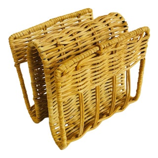Small Curvy Vintage Wicker Letter Holder or Napkin Holder For Sale