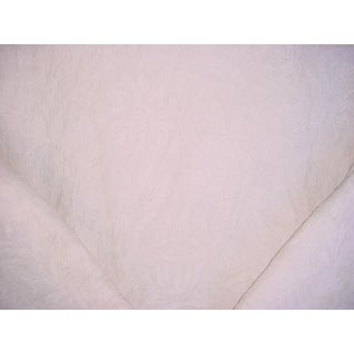 Traditional Ralph Lauren Honore Damask Linen in Alabaster Upholstery Fabric - 2-5/8y For Sale